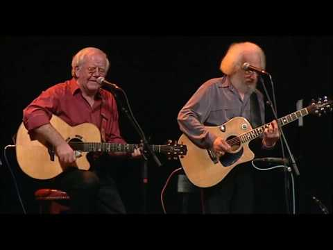 The Foggy Dew - The Dubliners (40 Years - Live From The Gaiety)