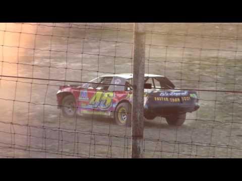 Hummingbird Speedway (7-8-17): Sunny 106.5 FM Pure Stock Heat Race