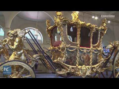 Queen's collection of gifts exhibited at Buckingham Palace