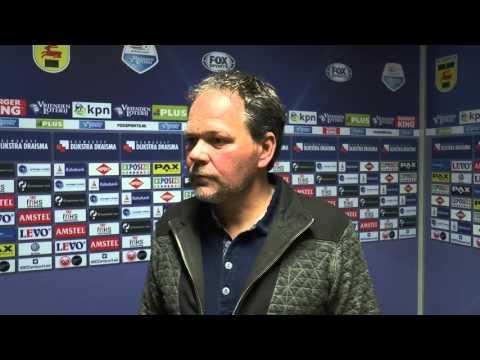 Trainer SC Cambuur Henk de Jong stapt op