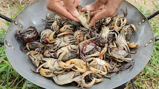 RICE FIELD CRAB RECIPE | Crab Fried Long Bean Recipe | Kdeb Cooking