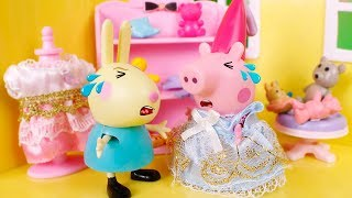 Peppa Pig Toys 🐷  Compilation of funny videos with Peppa Pig! 😀🎄