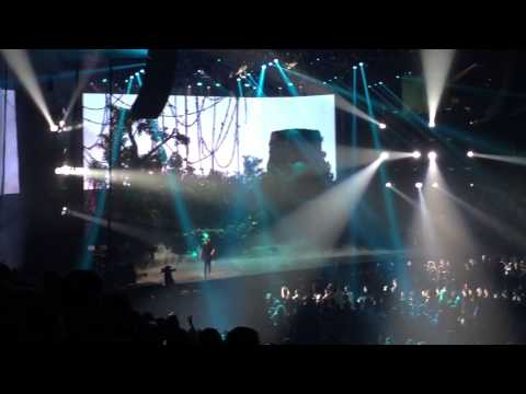 Drake Jungle Tour 2015 in Houston - Hold On, We're Going Home - My Side