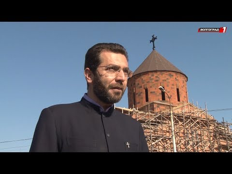 Крест на главном куполе Кафедральной Армянской церкви установлен