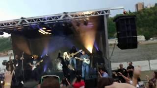 "Gabby Barrett sings Carrie Underwood's ""Good Girl"" @ American Idol Homecoming concert"