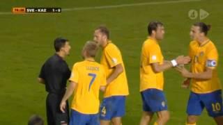Sveriges väg till VM 2006 EM-kvalmatchen Sverige-Holland den 11 oktober 2011 med Radiosportens kommentatorer Lasse Granqvist och Ralf Edström. 0:00 ::