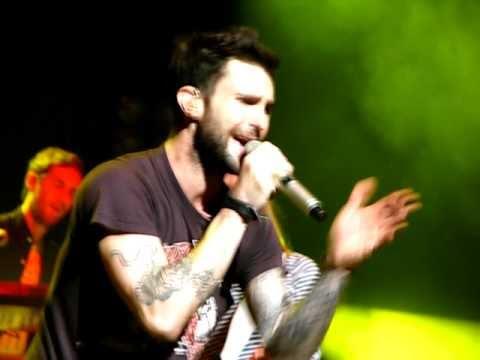 Maroon 5 - The Sun/Billie Jean live @ Acer Arena Sydney 06/05/11
