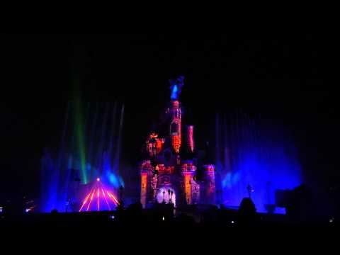 Disneyland Paris Fireworks and 3D mapping