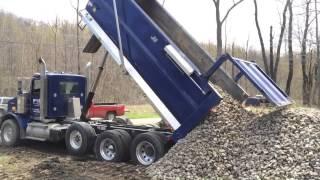 Nice Kenworth T800 Dumping Gravel