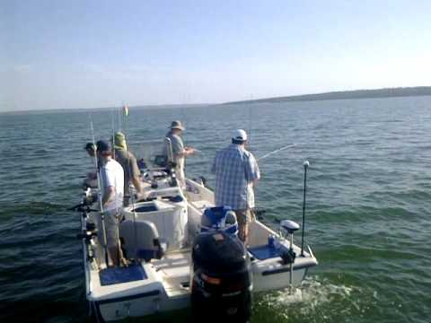 July afternoon striper fishing on lake texoma youtube for Texoma fishing license
