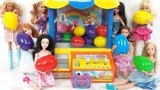Surprise Eggs Barbie Dolls Claw Machine Toy!البيض المفاجئ دمية باربي Ovos Surpresa Boneca Barbie