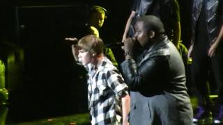 """Download Justin Bieber @ the NYC Jingle Ball- """"Eenie Meenie"""" (HD) Live on December 10th, 2010 Mp3 and Videos"""