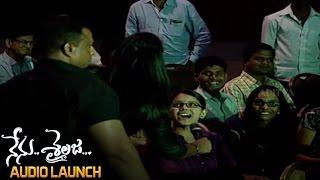 A Lady Fan Proposes To Ram At Nenu Sailaja Audio Launch || Ram,Keerthy Suresh