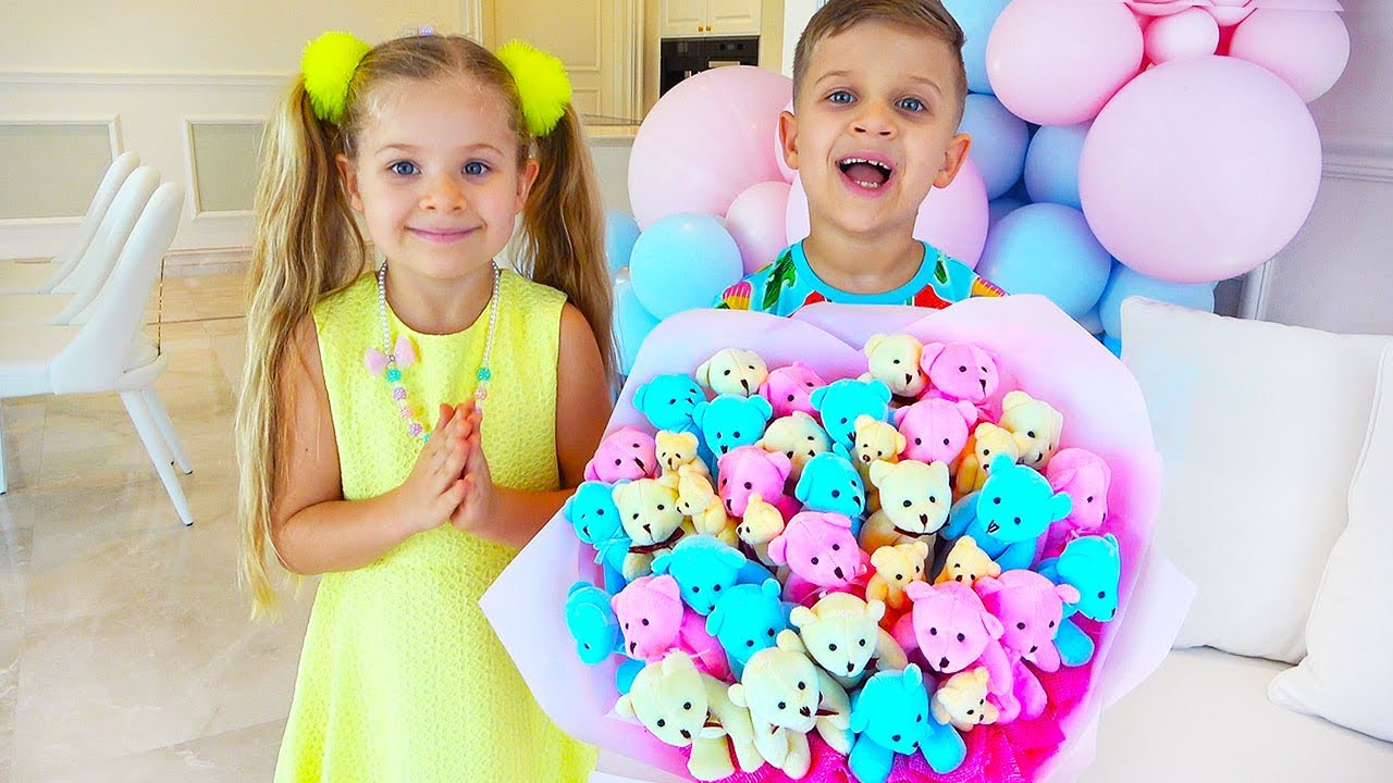 Diana And Roma Make Bouquets For Mommy Youtube