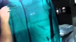 #unbox Jaqueta Oakley verde