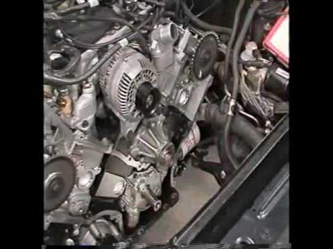 In Car Service Of Timing Chain On The Ford 4 6L Modular V8 Part 1 Of 2