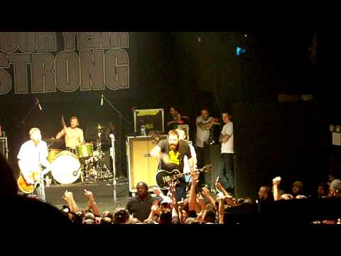 [HD] Four Year Strong - Semi Charmed Life - 2.12.10 mp3