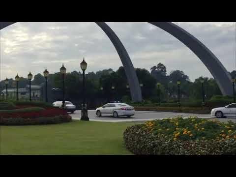 Suasana persekitaran perkahwinan Tunku Tun Aminah dan Dennis Muhammad Abdullah di Johor Bahru