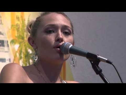 "Anuhea Turn Your Lights Down Low ""Bob Marley"" Cover Live"