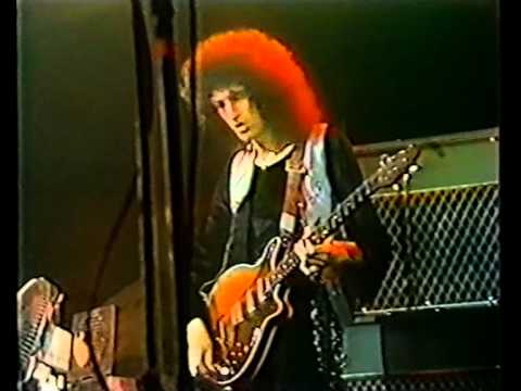 QUEEN - Rock'n'Roll Medley (Live In London 06.06.1977)