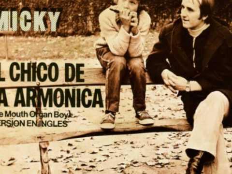 El Chico de la Armonica è tratto dall'Album Mágicos Éxitos - Tracklist e testi