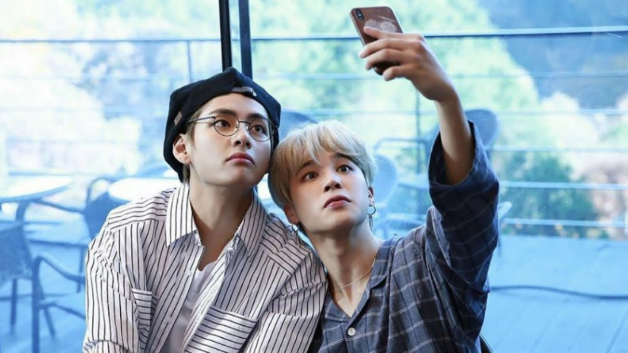 NEW 2019 CUTE VMIN MOMENT'S