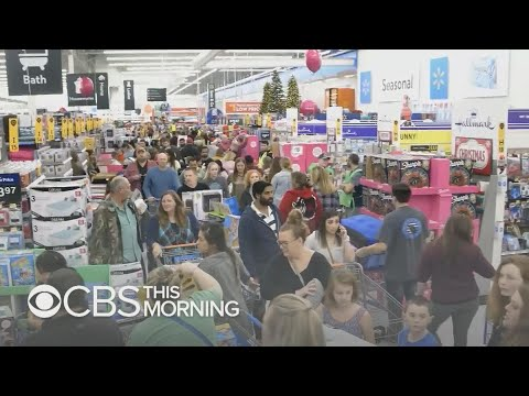 Black Friday sees overall trend toward online shopping