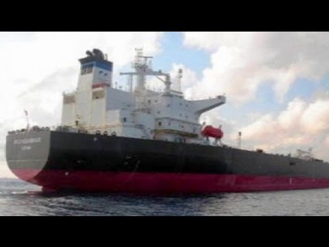 Somali pirates free Italian tanker after 10 months