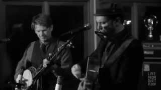 """Live From Dirt Floor: Mark Erelli - """"Long Gone"""""""