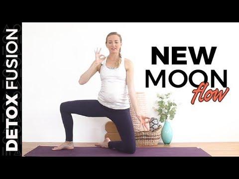 Day 17: New Moon Flow - Vinyasa Yoga, Pranayama & Meditation (25-Min)