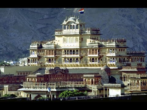 City Palace Jaipur Luxury Places to Visit in Rajasthan