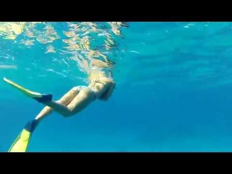 Dramatic GoPro Video of Freedivng at Hanauma Bay