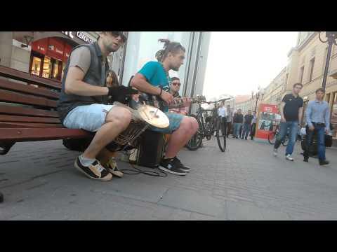 Смотреть клип Музыканты с Арбата онлайн бесплатно в качестве