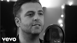 Mark Feehily - Silent Night (Live Acapella) [Official Video]
