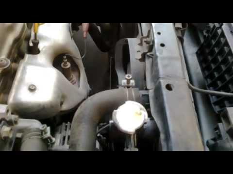 Radiador Con Burbujas Nissan Sentra V 16 Youtube