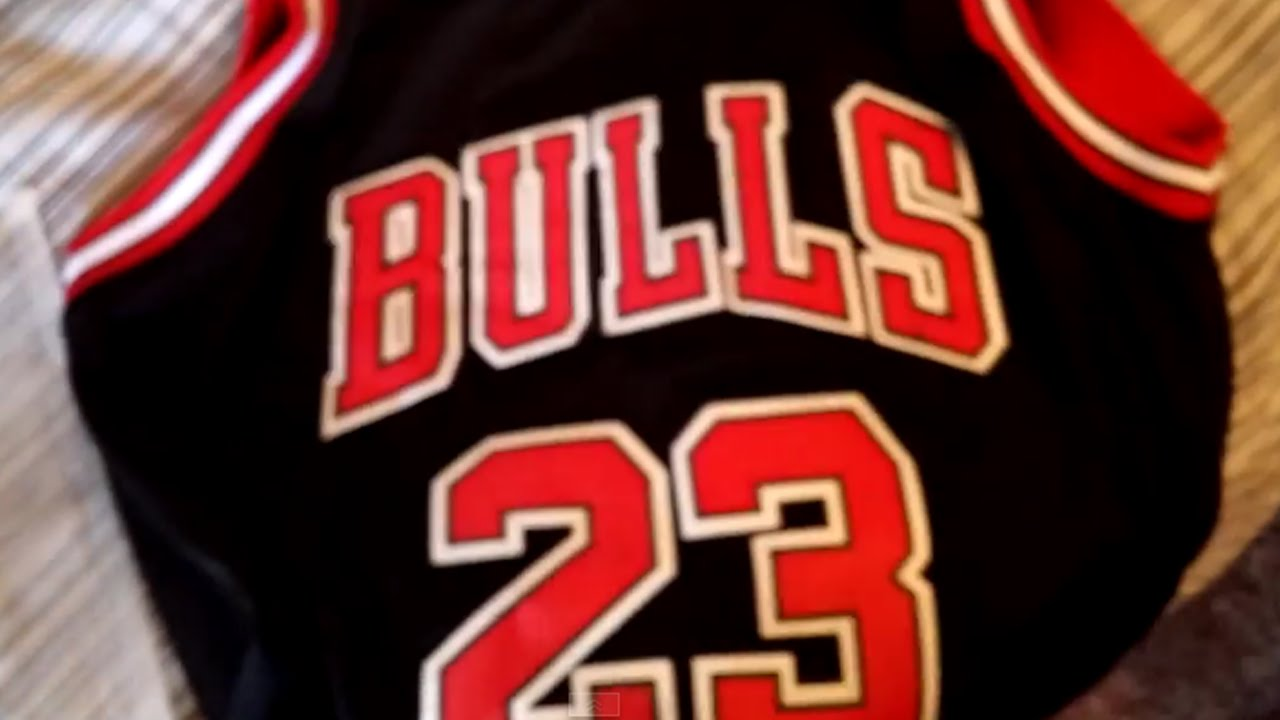 $15 Michael Jordan jersey review and unpacking! - YouTube