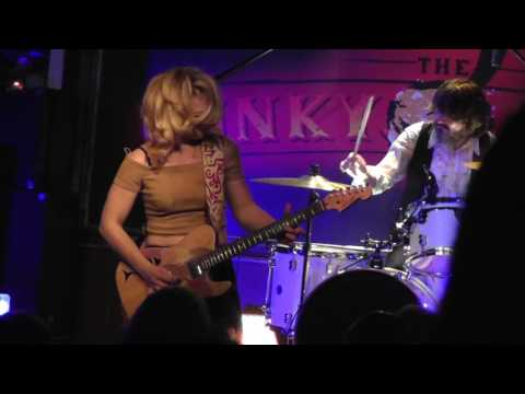 """Samantha Fish Live At The Funky Biscuit - 3/10/17 - """"Black Wind Howlin'."""""""
