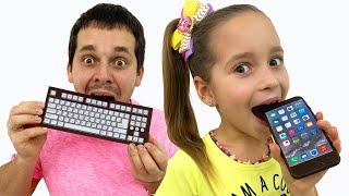 !صوفيا وأبي يلعبان تحدي شوكولاتة ممتع