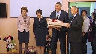 Полпред президента в СЗФО осматривает новый детский сад