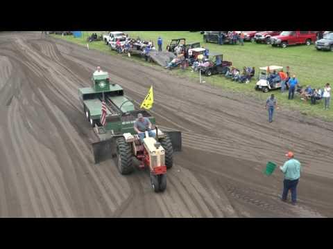 2016 Bonfield IL Tractor Pull - 9000# Class