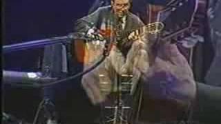 Joao Gilberto - Um Abraço no Bonfá