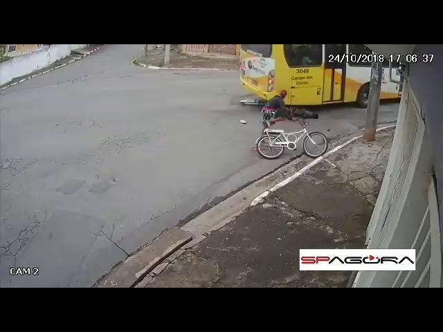 Ciclista morre atropelado por ônibus em Guarulhos