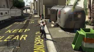Grand Theft Auto V - Deep Inside: Enter Studio & Steal Actor's Costume (James Bond Satire) PS3