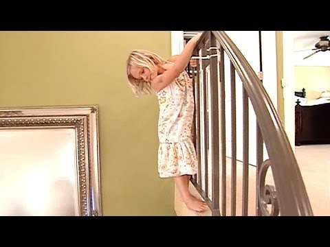 Supernanny Arrives Into Chaos | Supernanny