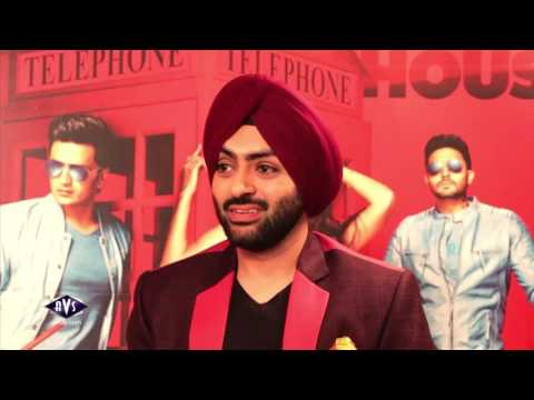 Akshay Kumar plays a funny rapid fire with Riteish Deshmukh - Karan Singh chhabra - AVSTV