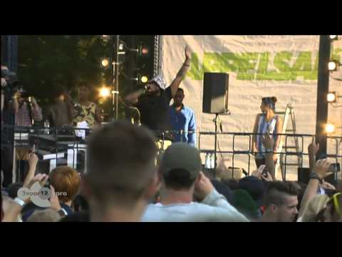 Schoolboy Q - Hands On The Wheel Live Op Appelsap 2012