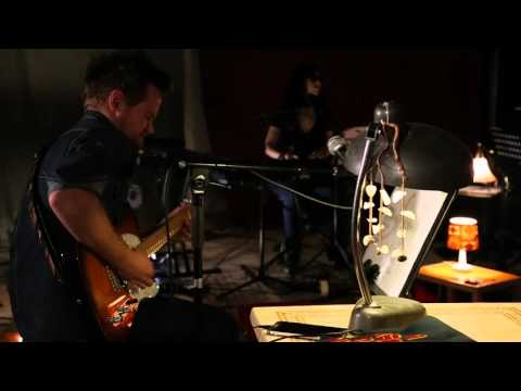 "One Shot Lili - ""With my hiha (horse)""- LIVE SESSION -"