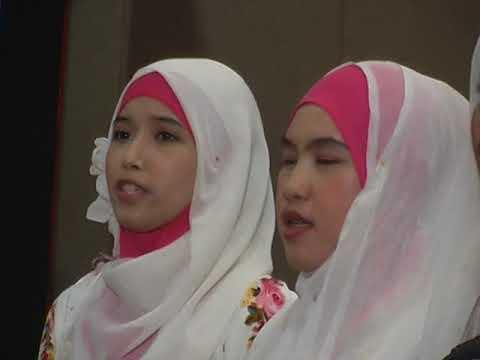 Wisuda 2012 Institut PTIQ Jakarta di JCC (Bag. 1)