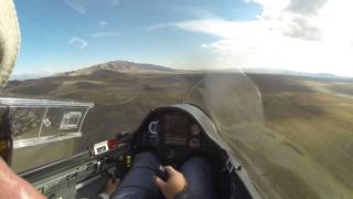 Glider and Black Hawk Helicopter Get Close at 30 feet AGL!