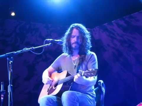Chris Cornell Acoustic Milwaukee 4.23.11 Filmed From Stage! 70 Min (Great Audio)